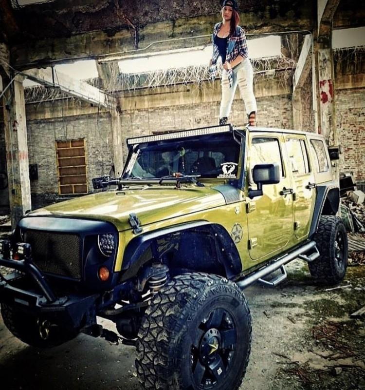 Jeep #1 Photo